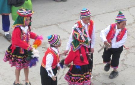 Ninos y dansa Santiago